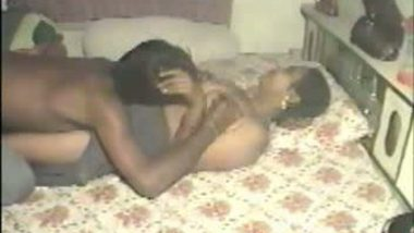 Hot desi housewife fucking young boy