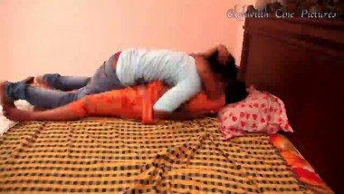 Romantic Bhabhi Seduce By Servant Hot Mms Video