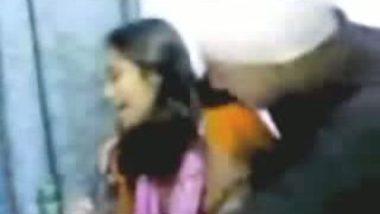 Pakistani Girl Friend Kissing Video