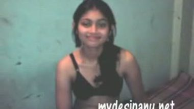 Sexy Indian village teen porn sex and blowjob