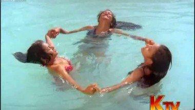 South Actress Mohini Exposing in SwimWear – FSIBlog.com