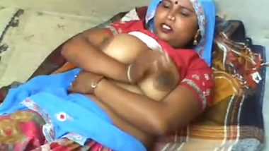Savita bhabhi showing big boobs