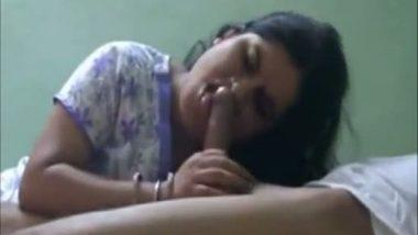New Delhi Vasant Vihar cute bhabi sucking lover's big cock