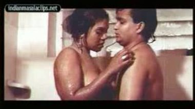 Mallu housewife shower together with sex partner