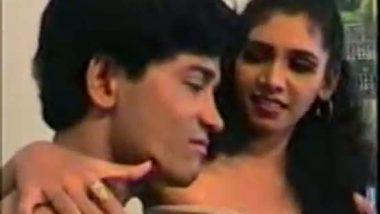 Bollywood sex of slim figure village girl hard fucked by lover in B grade movie