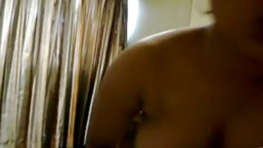 Desi hot wife with friend in hotel room with hindi audio