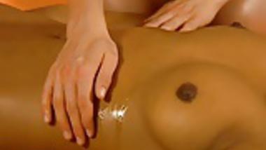 Beautiful Massage She Will Love