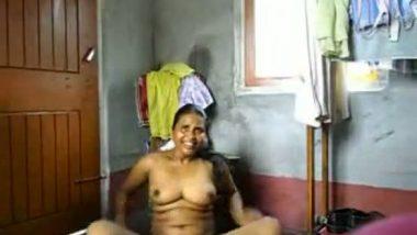 Mallu maid abusing before hardcore fuck scandal