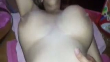 Desi house wife porn video with hubby's friend