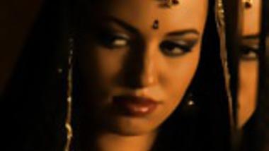 Sexy Erotic Indian MILF