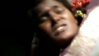 Mallu slim village house wife fucked by neighbor