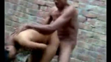 Indian outdoor porn bengali girl fucked by neighbour