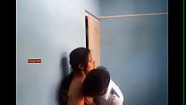 Sexy Mumbai teen getting her boobs sucked secretly