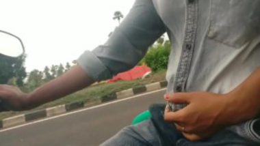 Desi Girl's Hand Job On Bike
