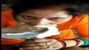 Sexy Gujarati Aunty Choking After Nice Blowjob