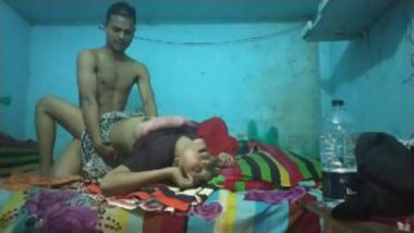 Desi Village Sex MMS Featuring Married Woman And Young Neighbor