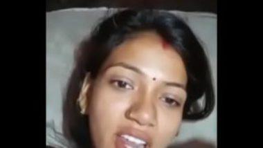 Hot Hindi Bhabhi Showing Off Fuck Video