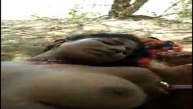 Telugu Aunty With Bushy Pussy Sex In Jungle
