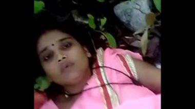 South indian bhabhi junlge sex with local boyfriend