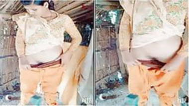 Exclusive - Cute Desi Village Girl Showing Her...