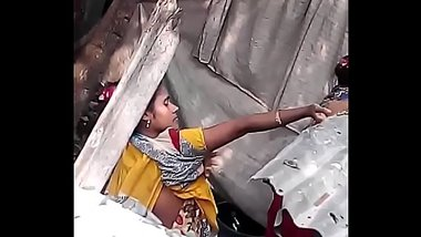 Neighbour bhabhi nude bath secretly captured