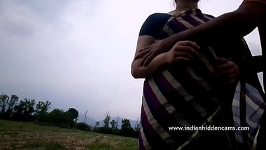 Indian Married Couple Outdoor Romance - IndianHiddenCams.com