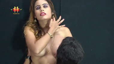 Sexy Indian Model Painted on canvas nude and fukked by Painter 720p