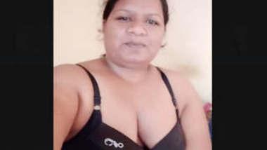 Punjabi Bhabhi Showing Her Big boobs