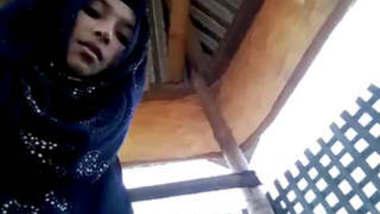 Bangladeshi Gf Riding On Lover In Outdoor Public Park With Bangla Talk
