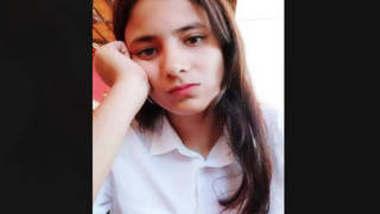 Beautiful Cute Desi Girl Heena 2 New Clips Part 1