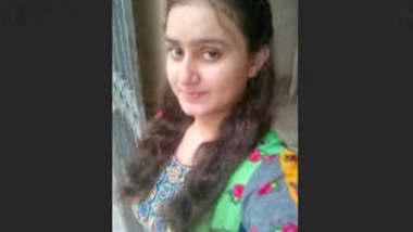 Beautiful Paki Wife Showing On VideoCall Update