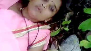 Desi Hot Bhabhi jungle chudai