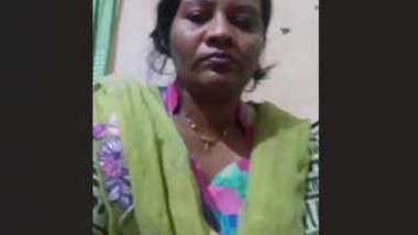 Bengali Bhabhi Pics and Video Call Part 1