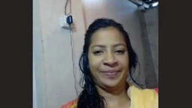 Hot Look Bangladeshi Girl New Hot Video part 1
