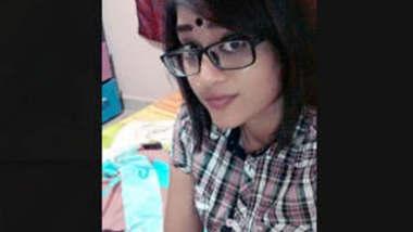 Hot Tamil Desi Girl Lacked Selfie Videos Part 2