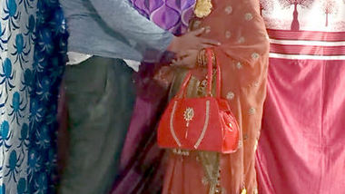 Indian married bhabhi hard fuck with boyfriend