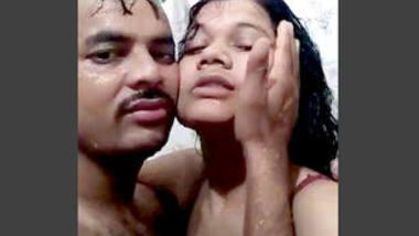 Desi Jija sali sexy bath video