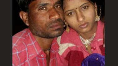Desi cute village wife fucking for money