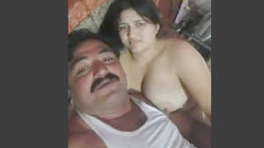 Desi cute girl after fucking with her dad best friend