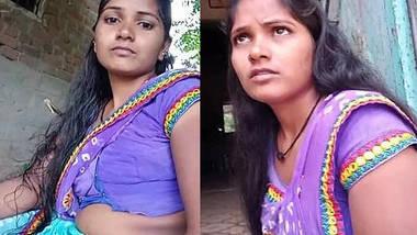 homely housewife meena bhabhi showing hot navel in home