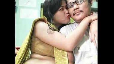 bubbly housewife pooja bhabhi bubbly navel belly show