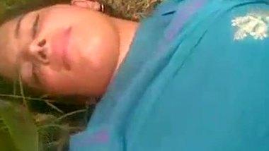 Desi college girl enjoy outdoor sex with her horny boyfriend