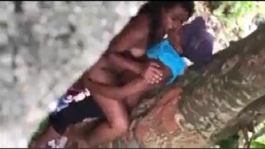 Tamil teen students secret outdoor sex video