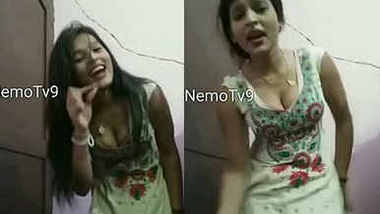 Hot Rukku ,New girl in market ,sexy cleavage and hot dance