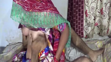 Desi shy hot wife sucking and fucking on the husband riding on with Clear Hindi Audio and