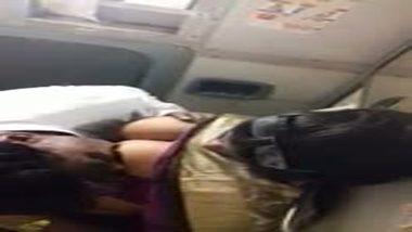 Mms sex scandal of big boobs desi bhabhi in Indian train