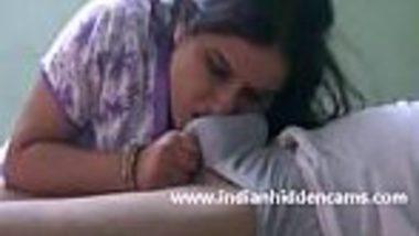 Big boobs Indian desi bhabhi xxx of suck big dick & cumshot