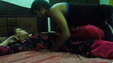 Punjabi Indian desi bhabhi hot fuck with brother in law at home