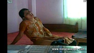 Sexy Bhojpuri Wife Masturbating In Bedroom