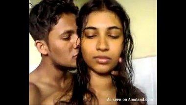 Hot Romance With Desi Girlfriend In Bathroom